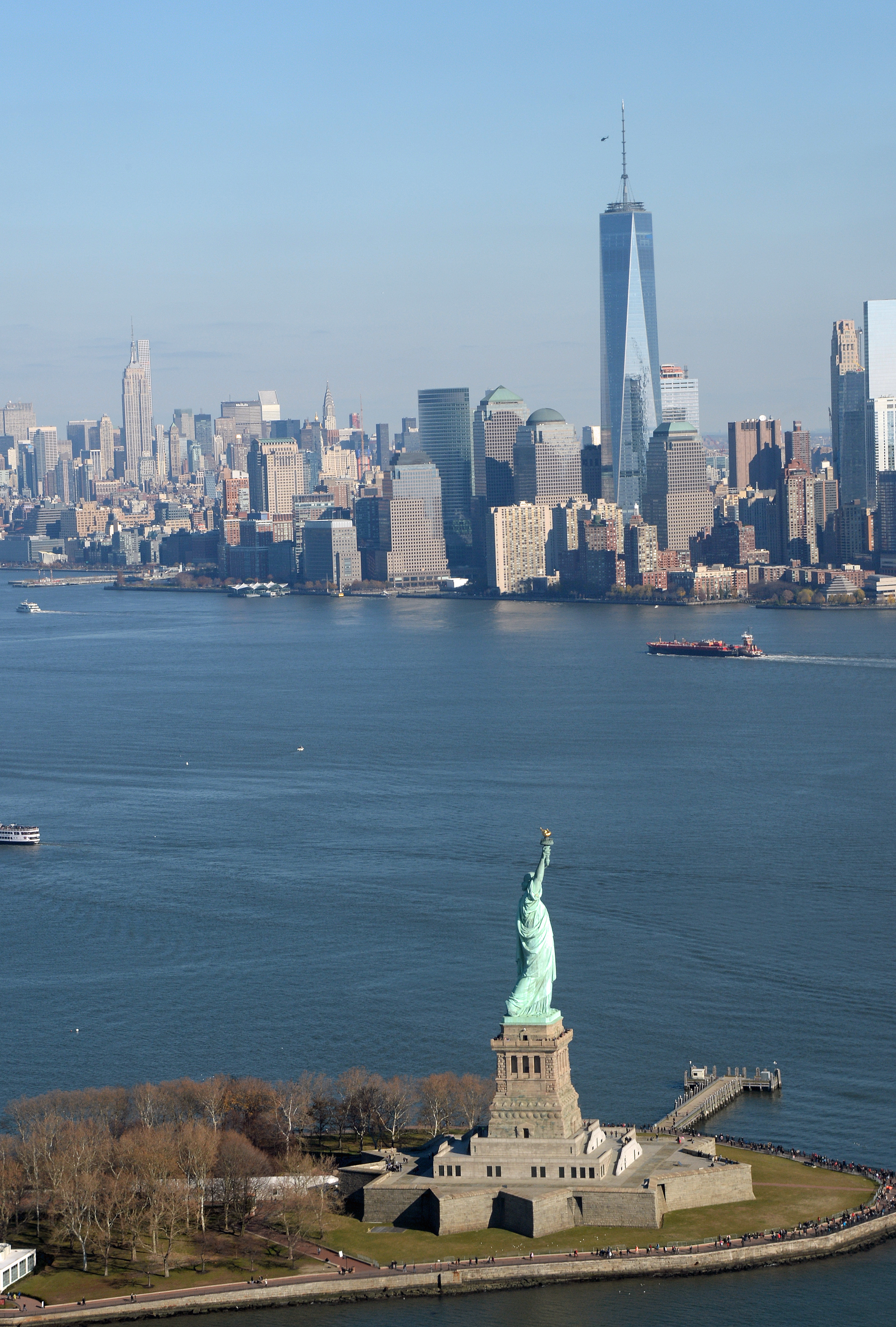 Taking a NYC helicopter tour